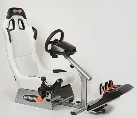 Play Seat Evolution